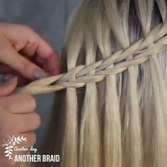Don't you want to learn different braiding styles? We have compiled these hair tutorials for you! Cute Braided Hairstyles, Cool Hairstyles, Afro, Hair Fair, Hair Tutorials, Fitness Diet, Hair Ideas, Curly Hair Styles, Fashion Beauty
