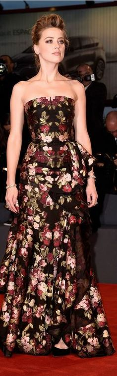 Who made Amber Heard's black floral strapless gown?