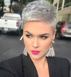 Today we have the most stylish 86 Cute Short Pixie Haircuts. We claim that you have never seen such elegant and eye-catching short hairstyles before. Pixie haircut, of course, offers a lot of options for the hair of the ladies'… Continue Reading → Popular Short Hairstyles, Short Pixie Haircuts, Short Hairstyles For Women, Thin Hairstyles, Haircut Short, Hairstyle Short, Fashion Hairstyles, Haircut Styles, Popular Haircuts