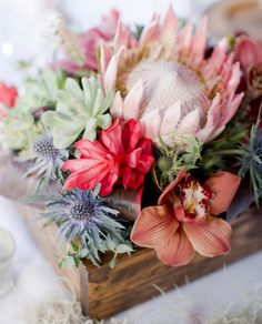 Centerpieces | Wedding and Party Ideas | 100 Layer Cake