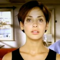 Natalie Imbruglia 90s throwback