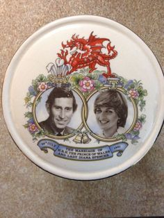 I happened to be in London in mid-May of 1981, and the stores were bursting with royal wedding keepsakes and souvenirs. I've always kicked myself for not having chosen any and sent them home to the US.