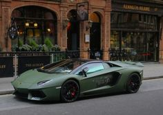 """Find and save images from the """"cars"""" collection by Evelyn (evelynpons) on We Heart It, your everyday app to get lost in what you love. Lamborghini Aventador, Green Lamborghini, Sports Cars Lamborghini, Cool Sports Cars, Sport Cars, Cool Cars, Top Luxury Cars, Lux Cars, Pretty Cars"""