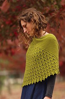 Ravelry: Celandines pattern by Nim Teasdale, fingering wt. Knitted Poncho, Knitted Shawls, Shawl Patterns, Knitting Patterns, Yarn Inspiration, Knit Wrap, Knitting Accessories, Easy Knitting, Knit Or Crochet