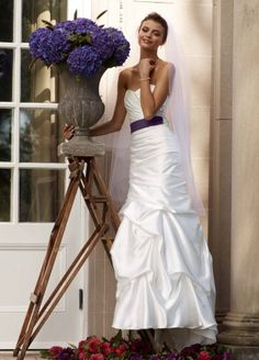 David`s Bridal Wedding Dress: Sweetheart Charmeuse Gown with Pick-Up Skirt Style WG3339 $399.00