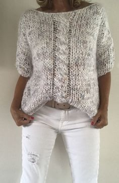 Crochet Kids Scarf, Crochet Poncho, Crochet Ideas, Knitting Designs, Knitting Patterns, Style Feminin, Knit Vest Pattern, Crochet Basics, Free Knitting