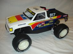 1990 Kyosho Outlaw Ultima Stadium Truck Fully Restored Remote Control Cars, Radio Control, Audi 1, Rc Model, Vintage Parts, Rc Cars, Scale Models, Monster Trucks, Restoration