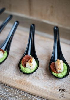 Cod, Chorizo and Pea Puree Bites - Lurpak Cook's Range - Ren Behan Food… Canapes Recipes, Appetizer Recipes, Canapes Ideas, Party Canapes, Tapas Ideas, Tapas Party, Christmas Canapes, Catering, Appetisers