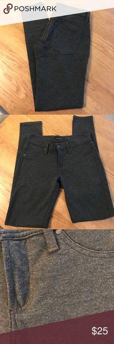 James jeans-jeggings. Stretchy grey. 27 James jeans-jeggings. Stretchy grey. Almost a sweatshirt feel. Super cozy. 27. James Jeans Jeans Skinny