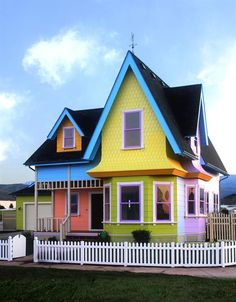 """""""The Up House"""" in Herriman Utah. I actually pass this house a few times a week and it still makes me smile! Happy House, Up House, House Inside, House Wall, Herriman Utah, Film Up, Colourful Buildings, Colorful Houses, Purple Houses"""