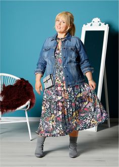 Maite Kelly, Jean Jacket Outfits, Plus Size Looks, Denim Trends, Curvy Fashion, Looking For Women, Plus Size Outfits, Looks Great, Lady