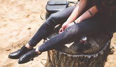 Trouvez une idée de phrase de tatouage pour l'avant bras : http://www.phrases-tatouages.com/tatouage-phrase-avant-bras.php