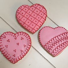 Heart decorated cookies Valentine's Day or any time. Custom Cookies, Shortbread Cookies, Decorated Cookies, Cakes And More, Cookie Decorating, Valentines Day, Heart, Valentine's Day Diy, Spritz Cookies