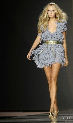 ok,I so want this! ruffles grey skirt