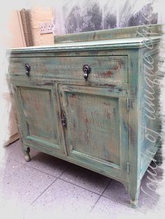 ⭐Vintage Tallboy drawer Cupboard ⭐delivery Available ⭐