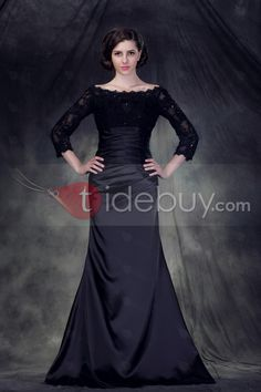 I adore the neckline and cut of this dress,,,, thinking of it in ivory as a wedding dress but worried it won't look so good on my size 12/14 frame.