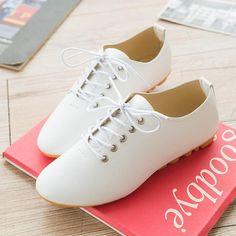 $7.96 (Buy here: https://alitems.com/g/1e8d114494ebda23ff8b16525dc3e8/?i=5&ulp=https%3A%2F%2Fwww.aliexpress.com%2Fitem%2FPromotion-Women-Leather-Shoes-woman-Black-White-Flats-Cheap-Ballet-Flats-Women-Sport-shoes-Loafers-Moccasins%2F32383409928.html ) 2016 shoes woman Leather Black White Flats zapatos mujer Cheap Ballet Women Loafers Classic Designer Moccasins Zapatos Mujer for just $7.96