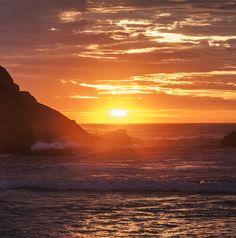 Por do sol na ferrugem #praia #sunset #SintaseMormaii Foto: Michele Cruz