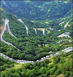 L'Alpe d'Huez - I want to ride my bike here!!!! BAD