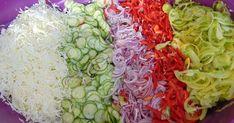 Hozzávalók: •2 fő káposzta •2 kg uborka •2 kg paradicsompaprika és zöldpaprika •1 kg zöld paradicsom •50 dkg hagyma 10...