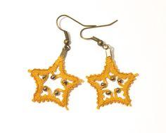 Boucles d'oreilles en dentelle aux fuseaux forme étoile : Boucles d'oreille par pique-coeur-caro