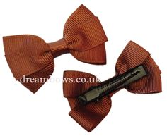 Brown grosgrain ribbon hair bows on alligator clip - www.dreambows.co.uk #hairbows #girlsbows #brownbows