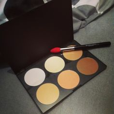 #makeup #contourpalette #blankcanvascosmetics #highlight #excitment