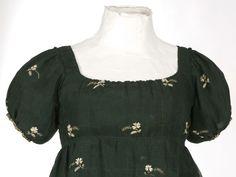 IMATEX museum | Dress, 1800-1810, Documentation Centre ja Textile Museum - CDMT