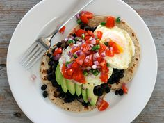 Huevos Rancheros [recipe] –used can of Rotel for poco, easy recipe to improvise on.  Had tonight for supper, very good.