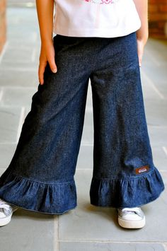 Ruffled Denim pants for fall For idea only
