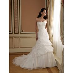 Modern Elegant Long Church Bridal Wedding Dress