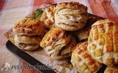 Régimódi tepertős pogácsa Hungarian Recipes, Hungarian Food, Canapes, Waffles, Bakery, Food And Drink, Cookies, Breakfast, Ethnic Recipes