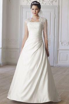 Brautkleid von Lilly - Hochzeitskleider Bestseller 2014 bei Bianca's Brautmoden, ein Traum...