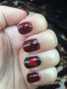 Love hearts and fishnet black and red mani #nailart #nails Valentine's Day