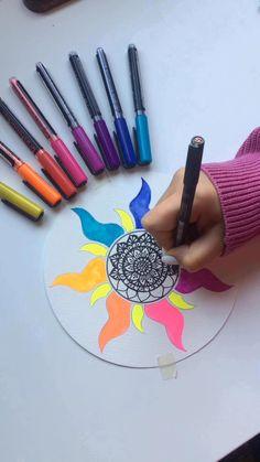 Mandala Art Lesson, Mandala Artwork, Doodle Art Drawing, Mandala Drawing, Art Drawings For Kids, Art Drawings Sketches Simple, Dibujos Zentangle Art, Doodle Art Designs, Art Painting Gallery