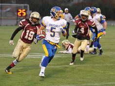 IMG_3495.jpg  Story: http://www.pressconnects.com/story/sports/high-school/2014/11/23/maine-endwell-semifinal-win/19457203/