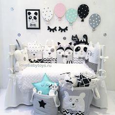 Доброе волшебно-енотовое! набор бортиков из 6 предметов на 3 стороны кроватки за 6350₽ юбка на кроватку 2500₽ плюшевый пледик с рюшкой 3500₽ корзина с мишкой 2500₽ корзина со звездочкой 1500₽ реснички 350₽ шарик 1шт 480₽ мягкий постер в рамке 1250₽ ••••••••••••••••••••••••• Заказ можно оформить на сайте Lovebabytoys.ru или Viber, WhatsApp +79136254555 ••••••••••••••••••••••••• LoveBabyToys®