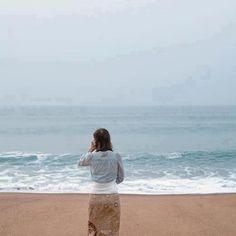 sea and lady