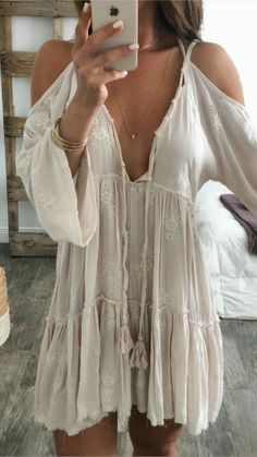 hippie outfits 523613894177539742 - Bohemian fashion ideas, boho-chic outfits S. - hippie outfits 523613894177539742 – Bohemian fashion ideas, boho-chic outfits Source by jacarandaanaya Source by - Boho Outfits, Indie Outfits, Hippie Chic Outfits, Summer Outfits Boho Chic, Hippie Dresses, Retro Outfits, Trendy Outfits, Hippie Stil, Mode Hippie