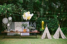 Primeira festa infantil do ano tem que ser encantadora, concorda? Para comemorar o primeiro aninho do Inacio, seus pais não queriam apenas uma festa, com hora pra começar e acabar. Eles queriam um momento em família que ficasse na memória. Pra isso,...