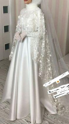 Muslim Wedding Gown, Muslimah Wedding Dress, Muslim Wedding Dresses, Wedding Dress Organza, Wedding Hijab, Elegant Wedding Dress, Event Dresses, Dream Wedding Dresses, Wedding Gowns