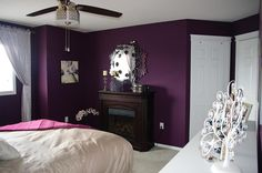 I'm in love with the color of this master bedroom :)