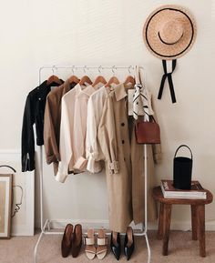 Capsule wardrobe: Say goodbye to your closet drama Vintage Furniture, Home Furniture, Industrial Furniture, Vintage Industrial, Industrial Style, Capsule Wardrobe, Wardrobe Rack, Wooden Couch, Minimalist Closet
