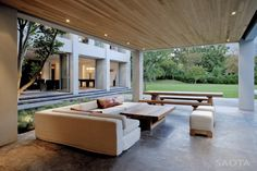I love the indoor/outdoor design ... of course that requires a warm climate.