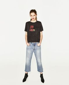 ZARA - TRF - T-SHIRT WITH SHOULDER PADS