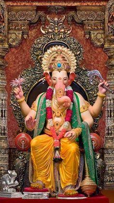 Jai Ganesh, Ganesh Lord, Ganesh Idol, Shree Ganesh, Ganesha Art, Ganesh Temple, Shiva Art, Shri Ganesh Images, Ganesha Pictures