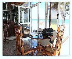 Detalle del salón Furniture, Home Decor, Ensuite Bathrooms, Double Bedroom, Havana, Beaches, Living Room, Windows, Apartments