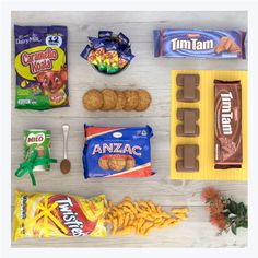Aussie care package to send overseas including tim tams, caramello koalas, twisties, anzac biscuits and milo. Perfect for homesick Aussie or loved son / daughter living overseas in USA, UK or more. Australian Party, Australian Gifts, Australian Food, Anzac Biscuits, Aussie Food, Tim Tam, Adult Party Themes, Australia Day, Xmas Food