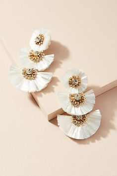 Suzanna Dai Raffia Palm Drop Earrings | More Sweet Summer Styles @guavahoneylife