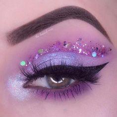 aesthetic makeup Lime Crime (limecrimemakeup) on I - aestheticmakeup Makeup Eye Looks, Purple Eye Makeup, Eye Makeup Art, Colorful Eye Makeup, Pretty Makeup, Eyeshadow Makeup, Eyeshadow Palette, Makeup Kit, Foil Eyeshadow